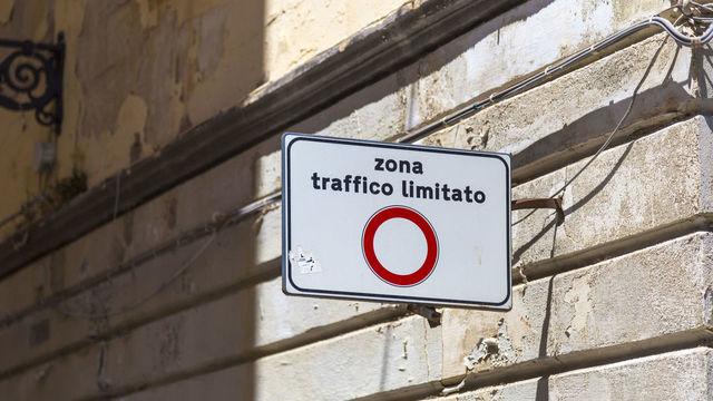 segnale-stradale-ztl